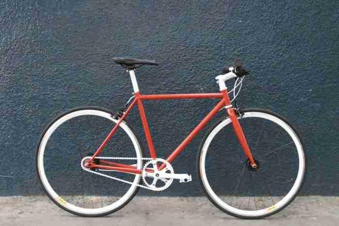 Bicicleta Fixie Tomate
