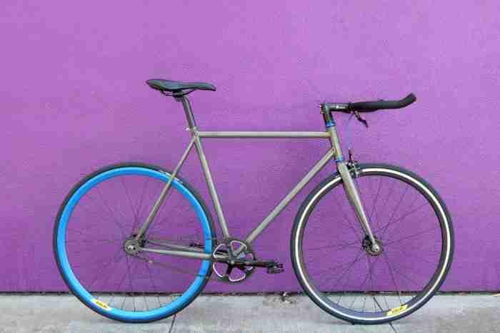 Bicicleta Fixie Electro